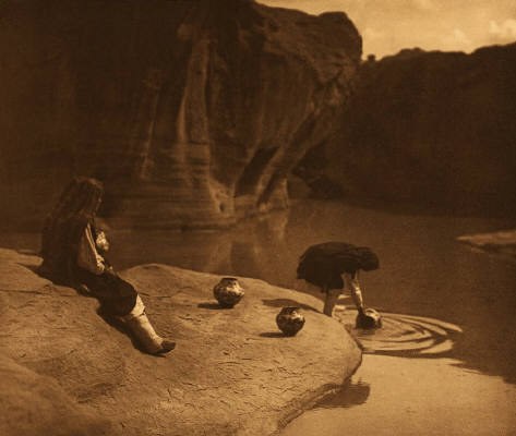 Edward_S_Curtis_At_The_Old_Well_Of_Acoma__Portfolio_16_Plate_571_201_1175
